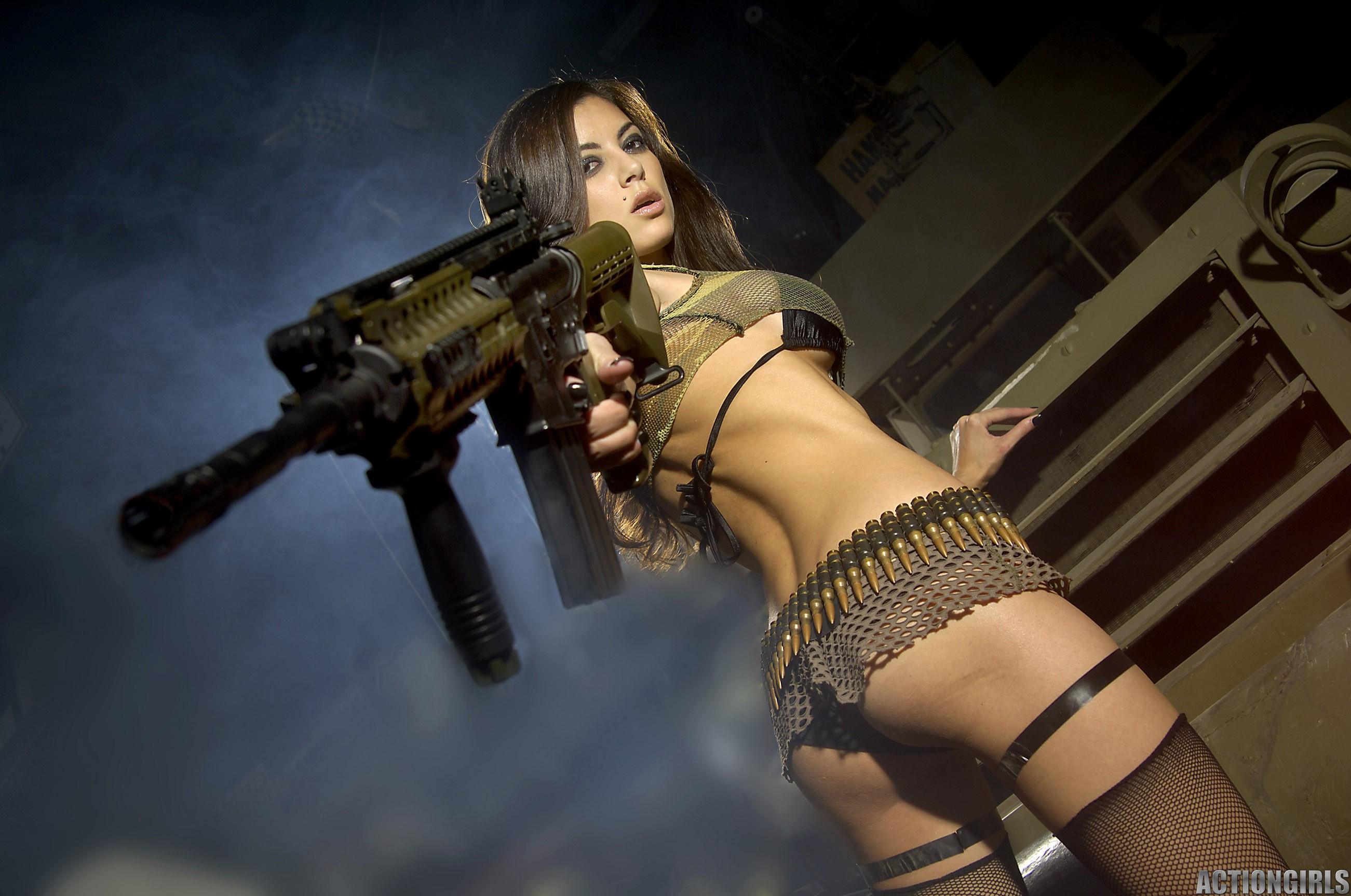 С оружием сиси 11 фотография
